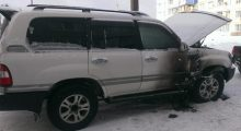 В Чуне подожгли Toyota Land Cruiser